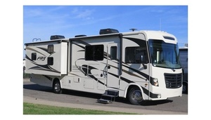 Road Ranger 8 Sleeps Unlimited Mileage/Generator,500,220,Sacramento,421 For Rent